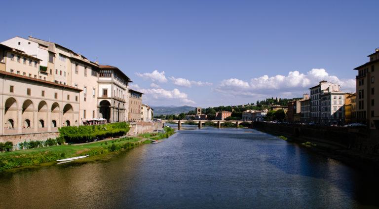 Pont et fleuve de Florence