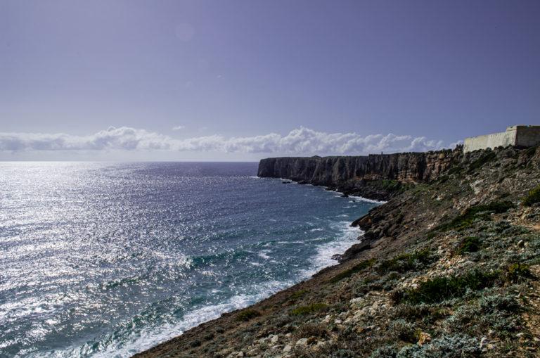 Vu sur la mer et la côte de Sagres