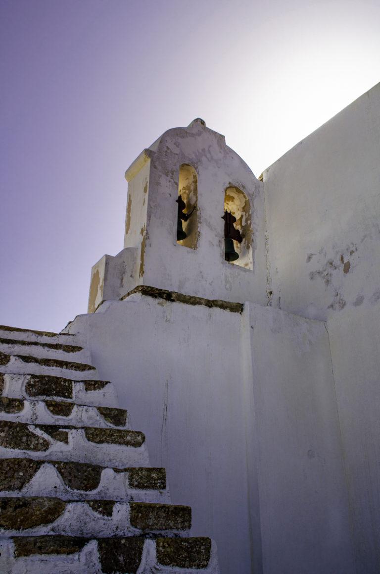 Cloche de la petite église des remparts de Sagres