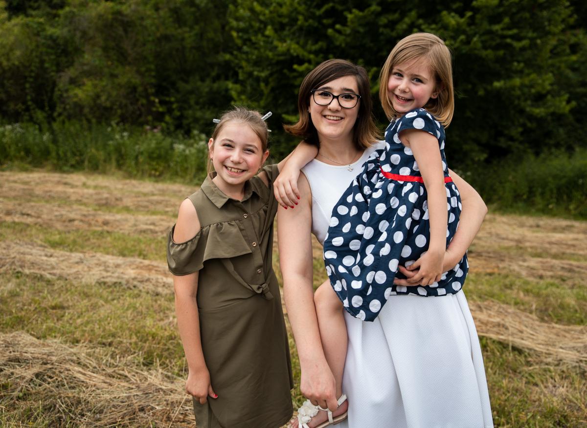 famille 3 filles ensemble