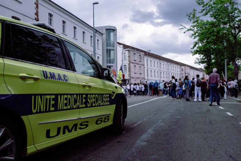 ambulance manifestation soignant